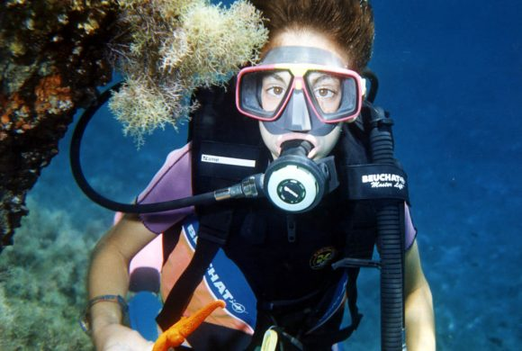 Live the freedom that scuba dive experience has to offer.